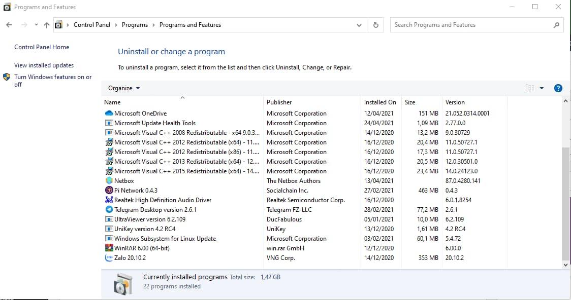 Chọn phần mềm cần gỡ bỏ và bấm Uninstall