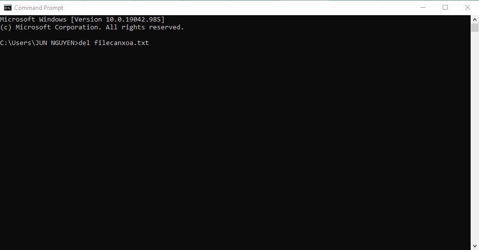 Xóa file cứng đầu bằng Command Prompt